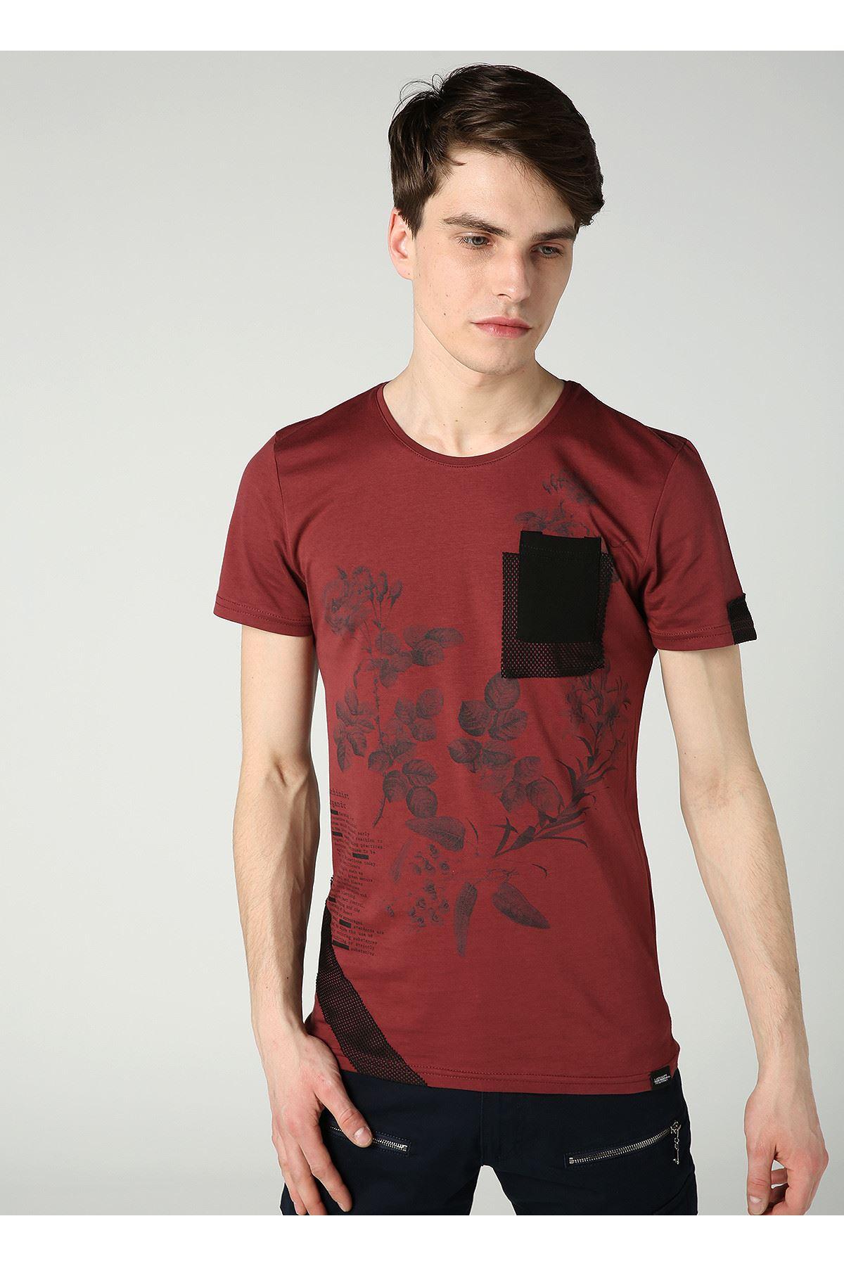 Bisiklet Yaka Çiçek Baskılı Cep Detay Erkek Vişne T-Shirt