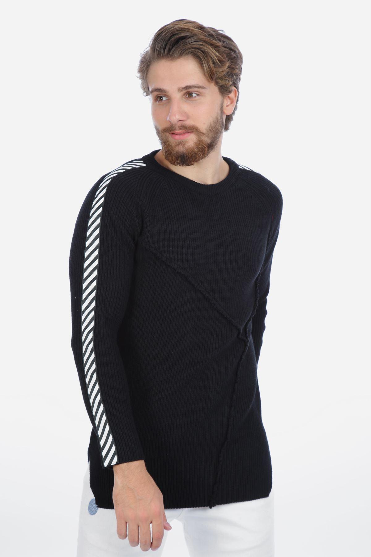 Erkek Siyah Yandan Yırtmaçlı Kolları Şerit Kazak