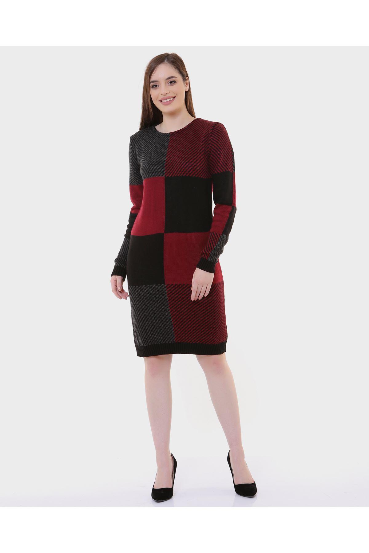 Kare Desen Kırmızı Siyah Bayan Triko
