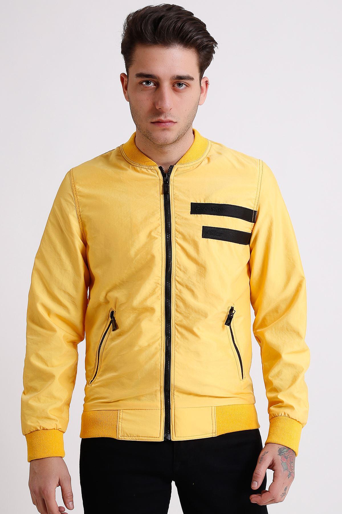 Erkek Hakim Yaka Fermuarlı Sarı İnce Yağmurluk Mont