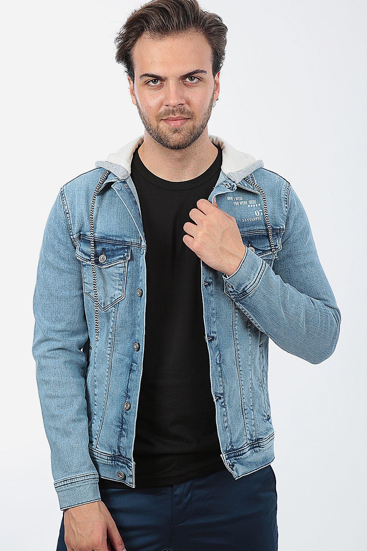 Erkek Kapüşonlu Yıpratmalı Mavi Tint Baskılı Yıkamalı Kot Ceket